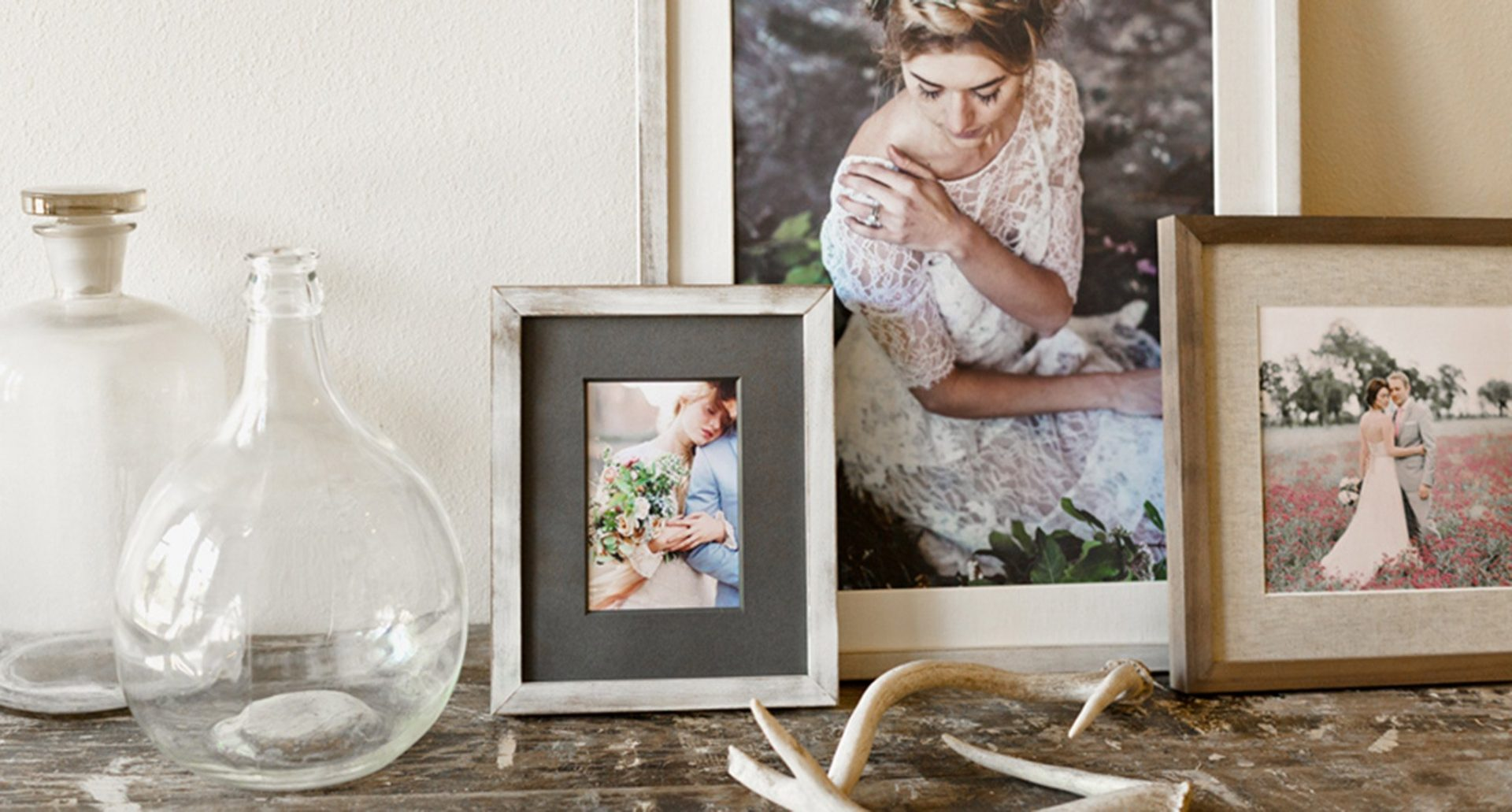 Luxe frames grouping.